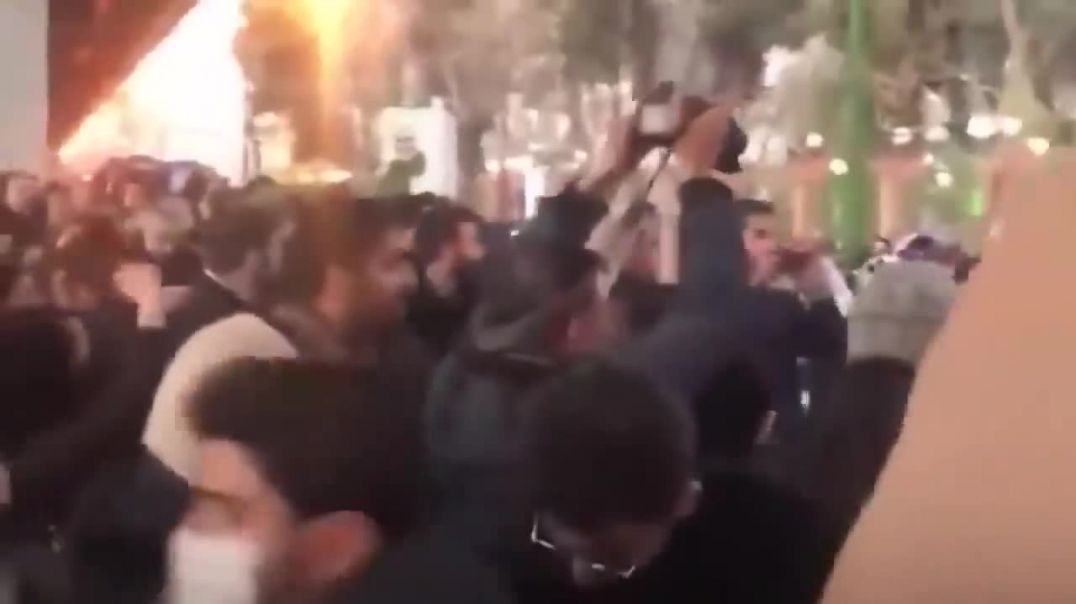 Iran Protests: Students yell death to dictator