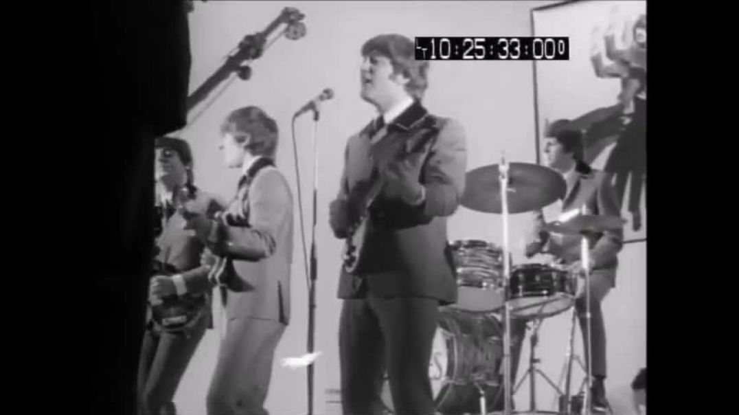 Beatles -Im Happy Just To Dance With You - (HDN Rare Footage - 1964) - HD